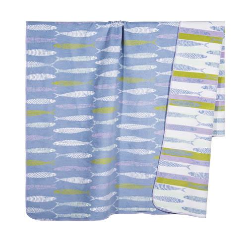 Kuscheldecke SARDINE blau weiß gelb mit Fischen hochwertige Sofadecke Hamptons