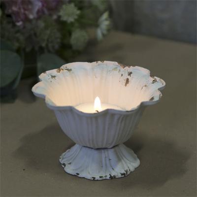 Kleiner Metallpokal FRENCH antik weiß shabby chic Teelichthalter Pflanztopf